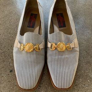 Vintage 70s 80s 90s Italian loafers